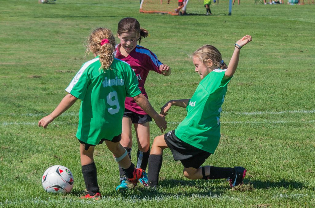 Basic Soccer Rules For Kids - Girls playing soccer