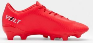 12 studs soccer cleat from concave-side view