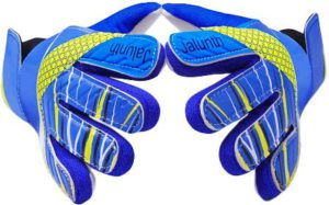How To Choose The Best Goalkeeper Gloves For Kids - Jalunth Goalkeeper Gloves